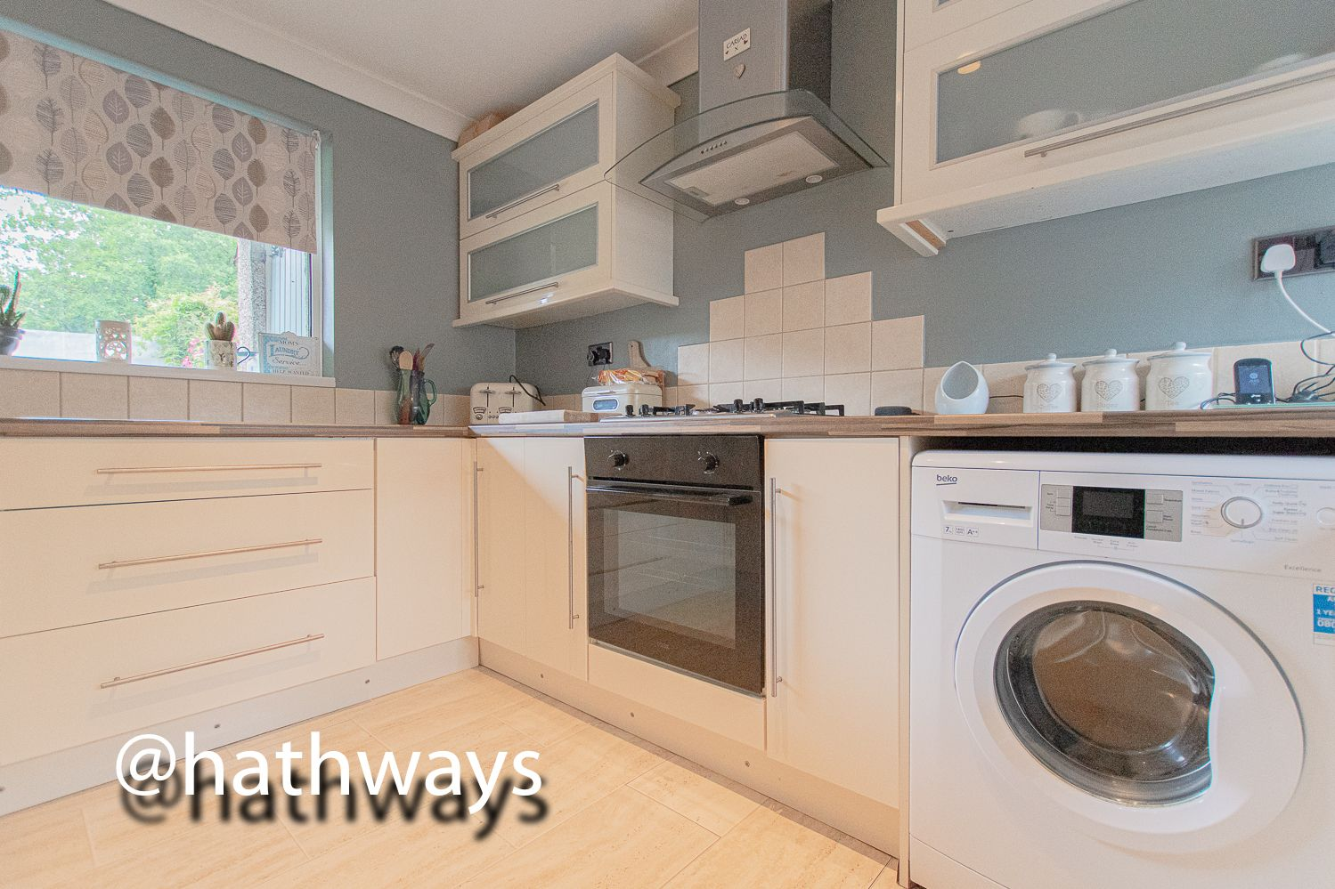 3 bed house for sale in The Haldens 4