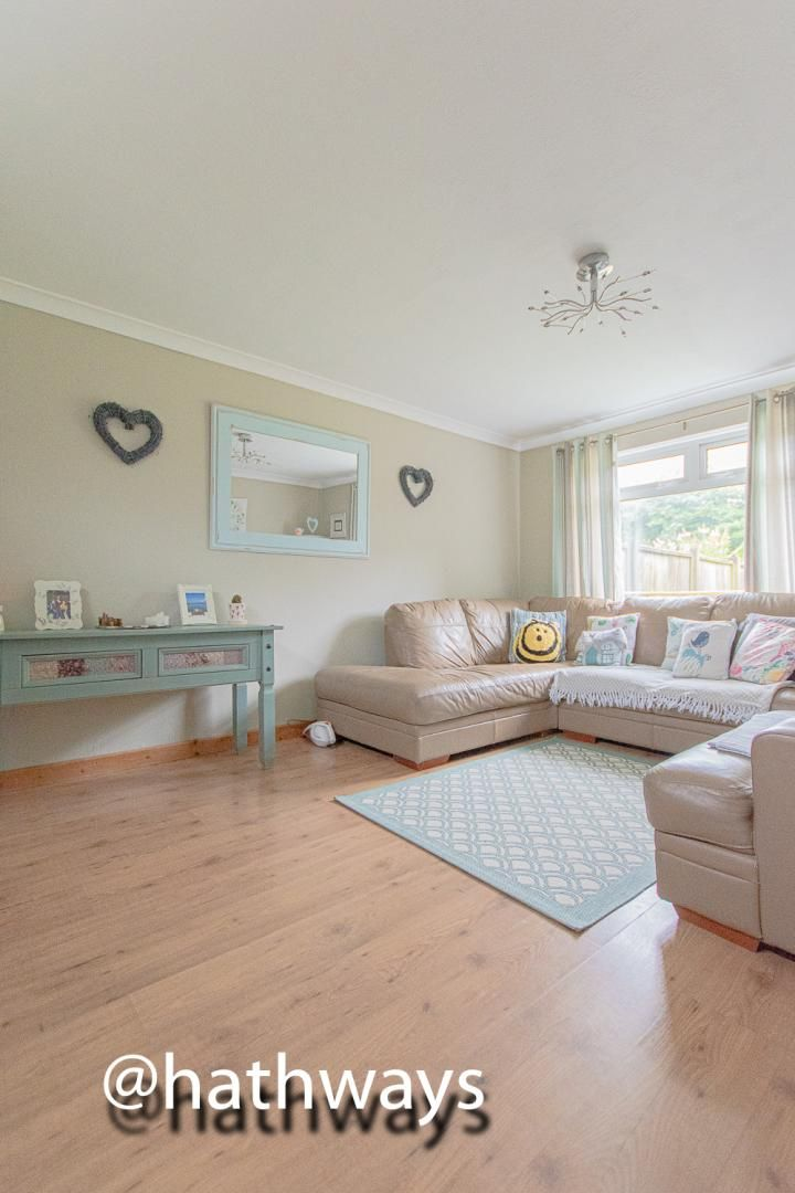 3 bed house for sale in The Haldens 9