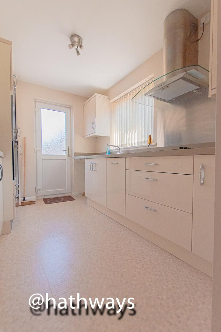 3 bed house for sale in Larch Grove  - Property Image 13