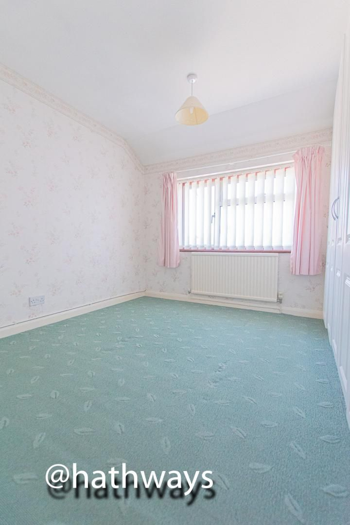 3 bed house for sale in Larch Grove 26