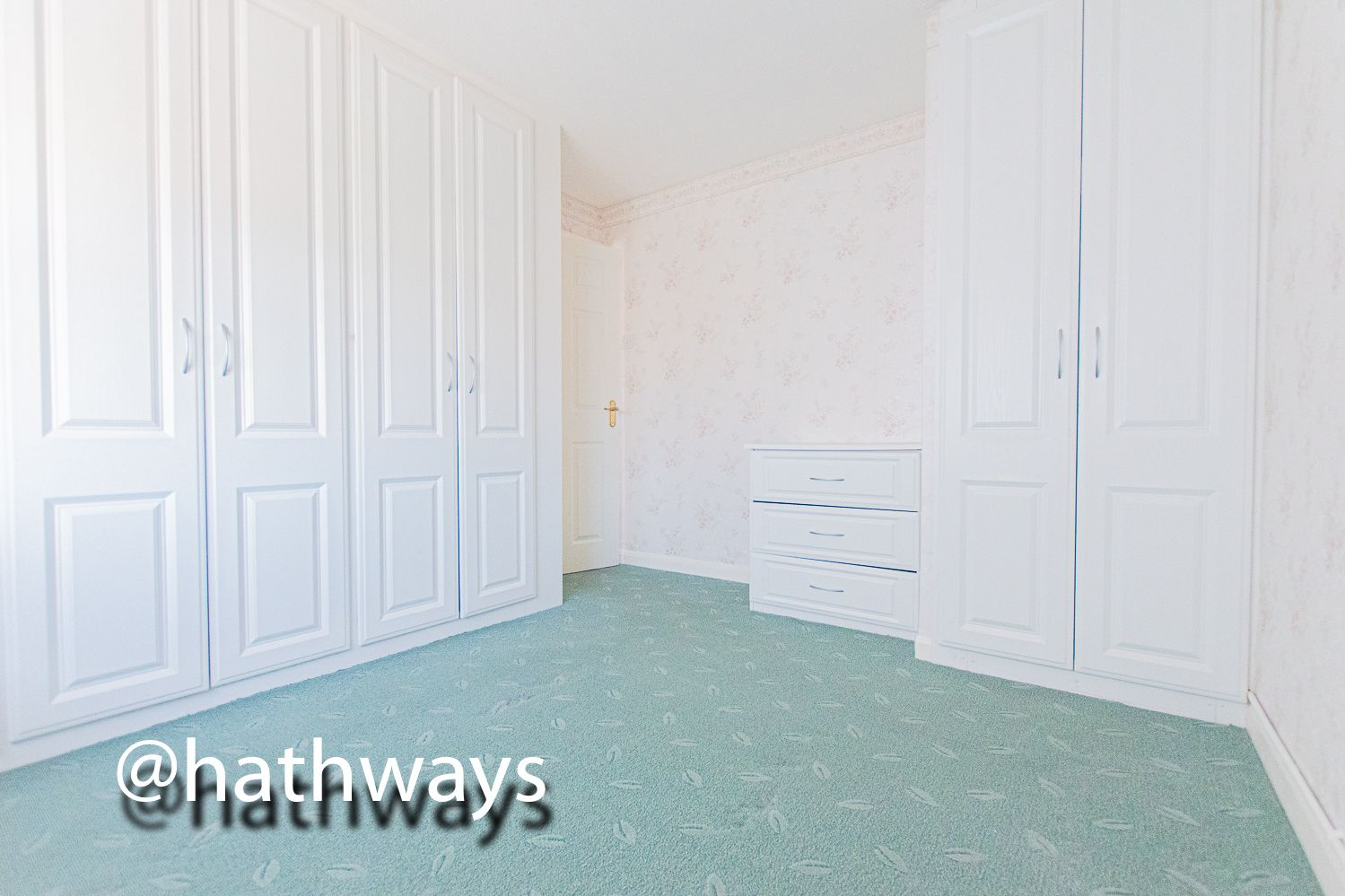 3 bed house for sale in Larch Grove 27