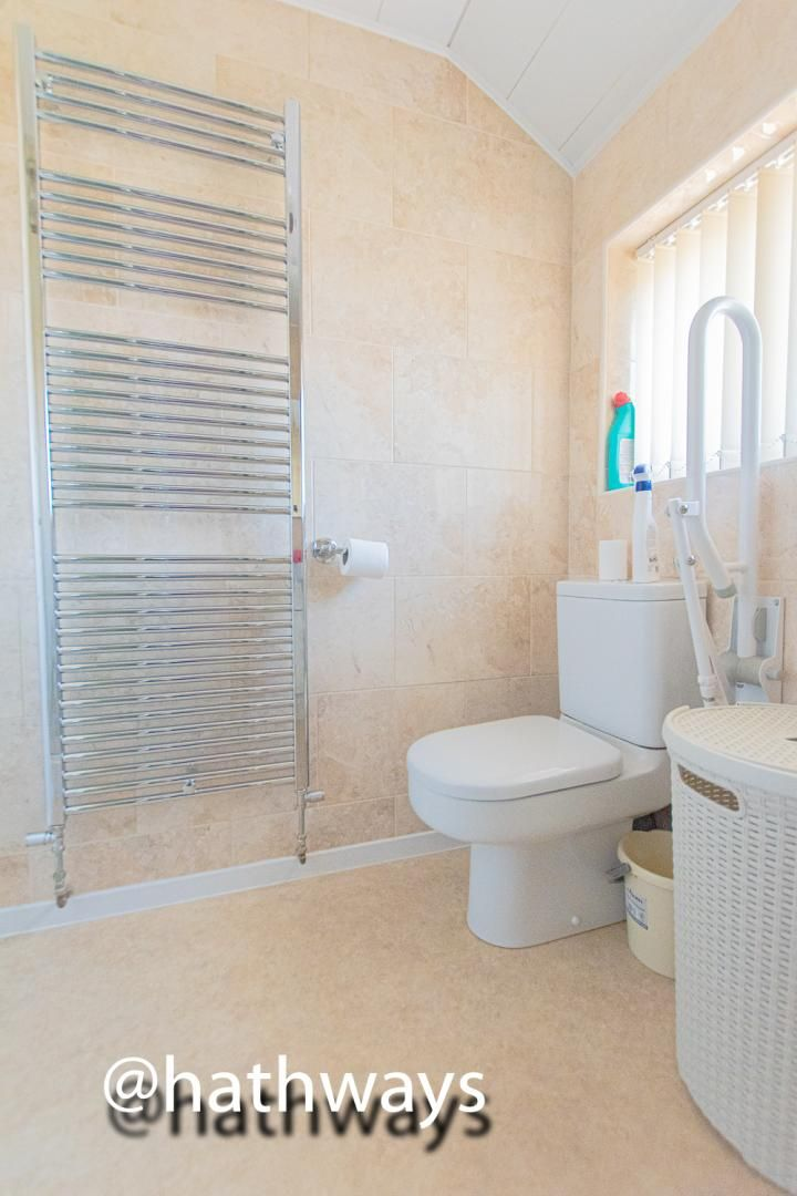 3 bed house for sale in Larch Grove 31