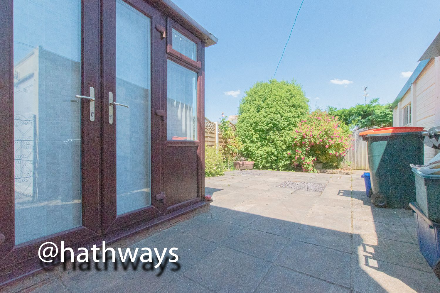 3 bed house for sale in Larch Grove 33