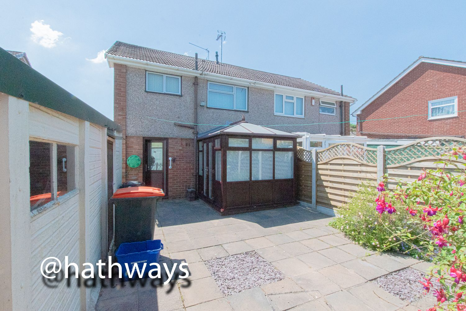 3 bed house for sale in Larch Grove 38