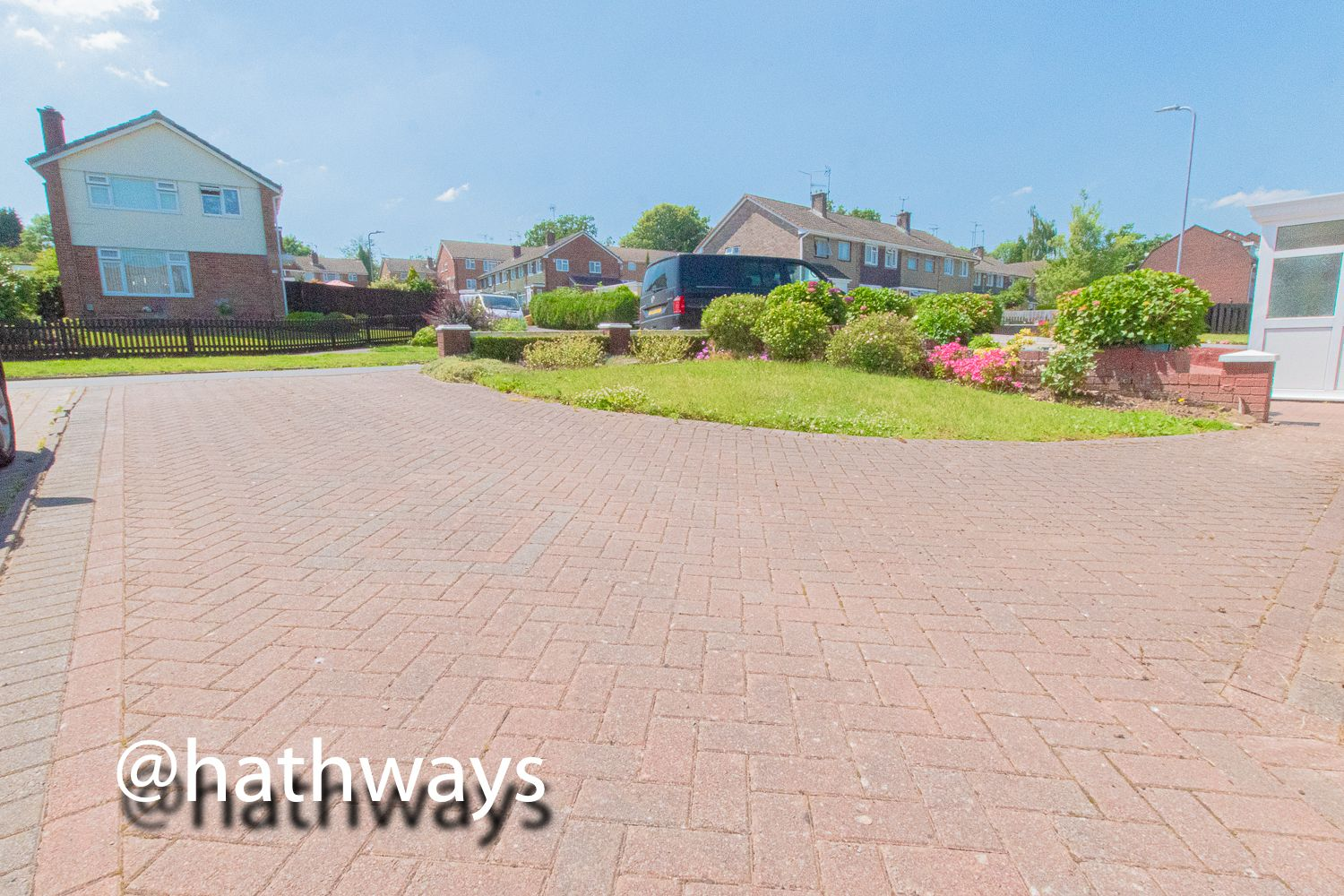 3 bed house for sale in Larch Grove 39