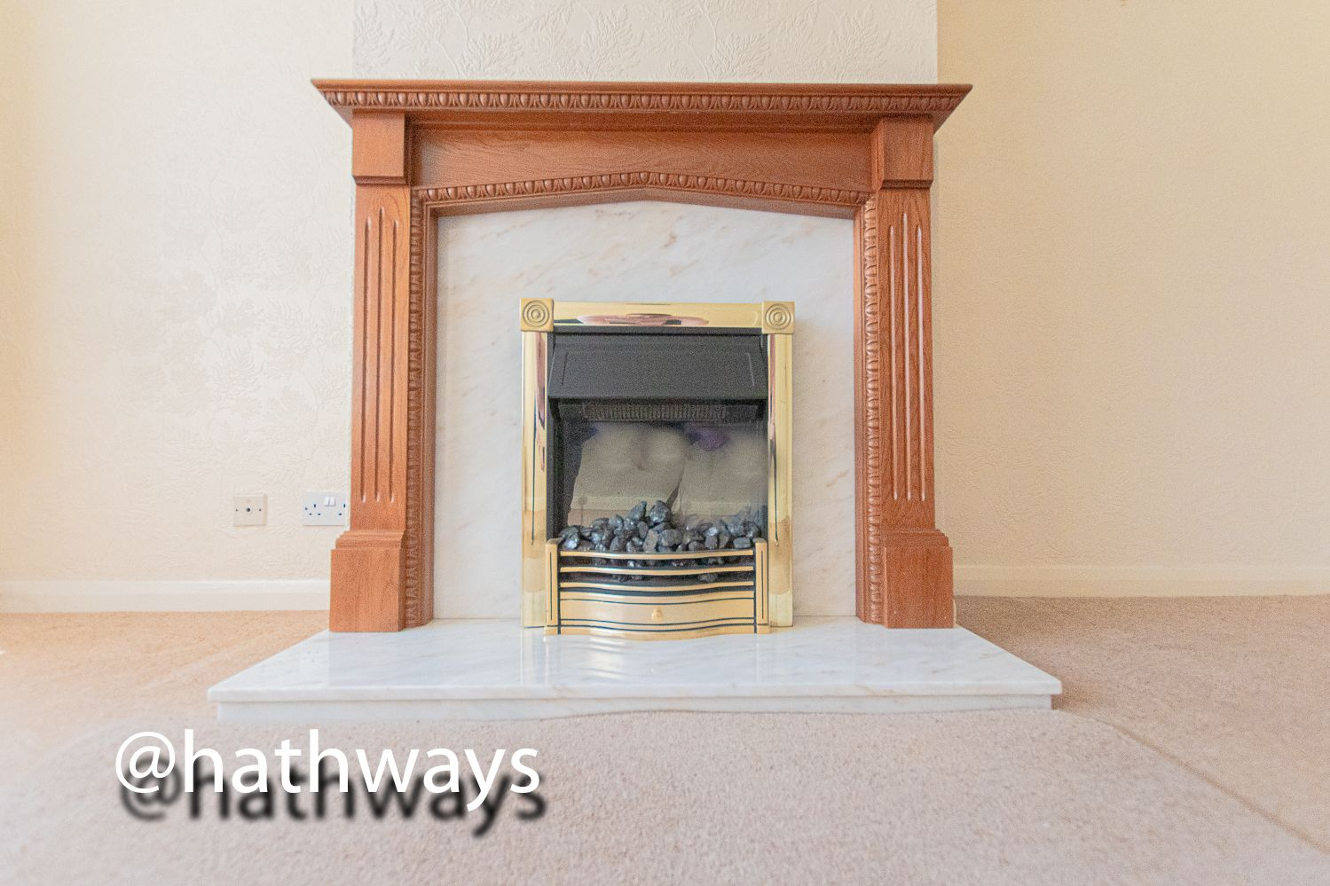 3 bed house for sale in Larch Grove  - Property Image 5