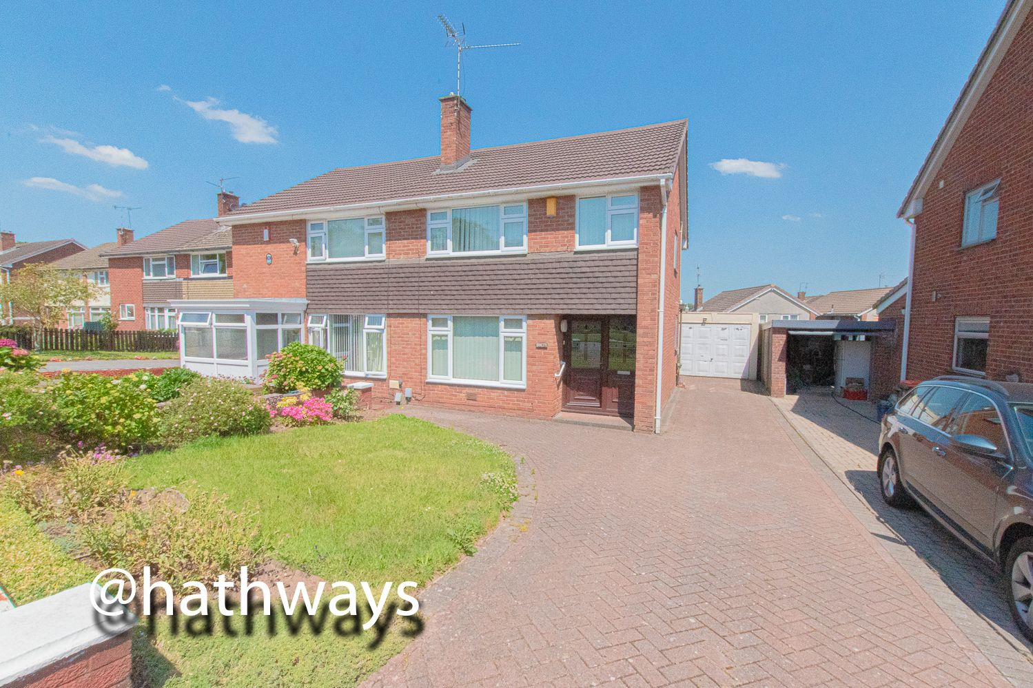 3 bed house for sale in Larch Grove 43