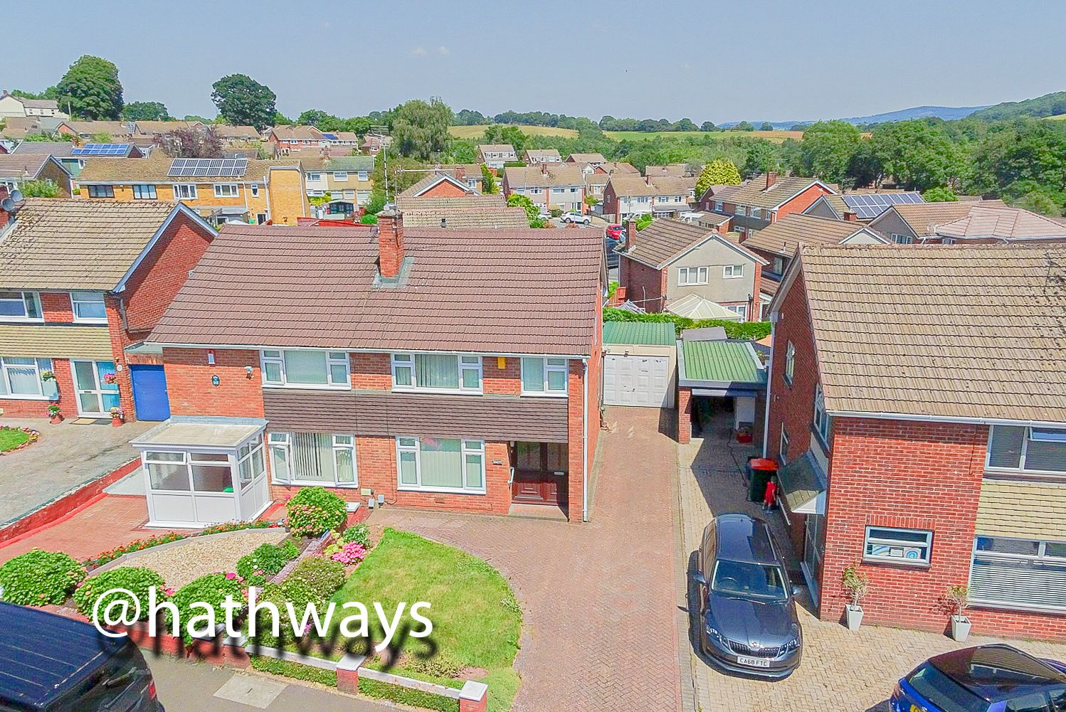 3 bed house for sale in Larch Grove 44