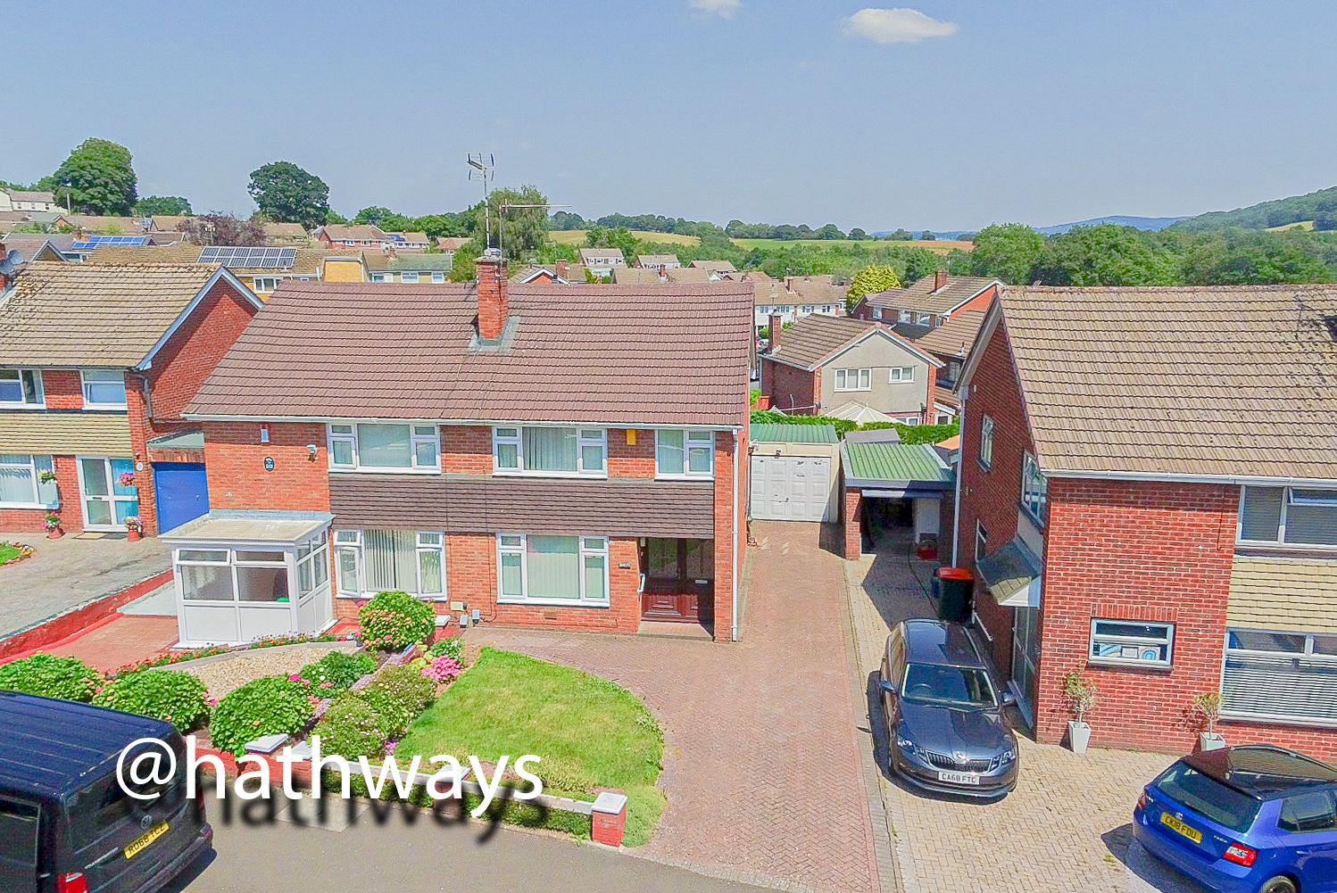 3 bed house for sale in Larch Grove 46