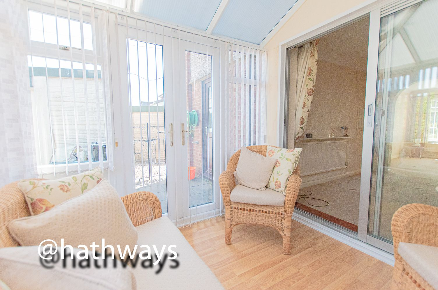3 bed house for sale in Larch Grove  - Property Image 9