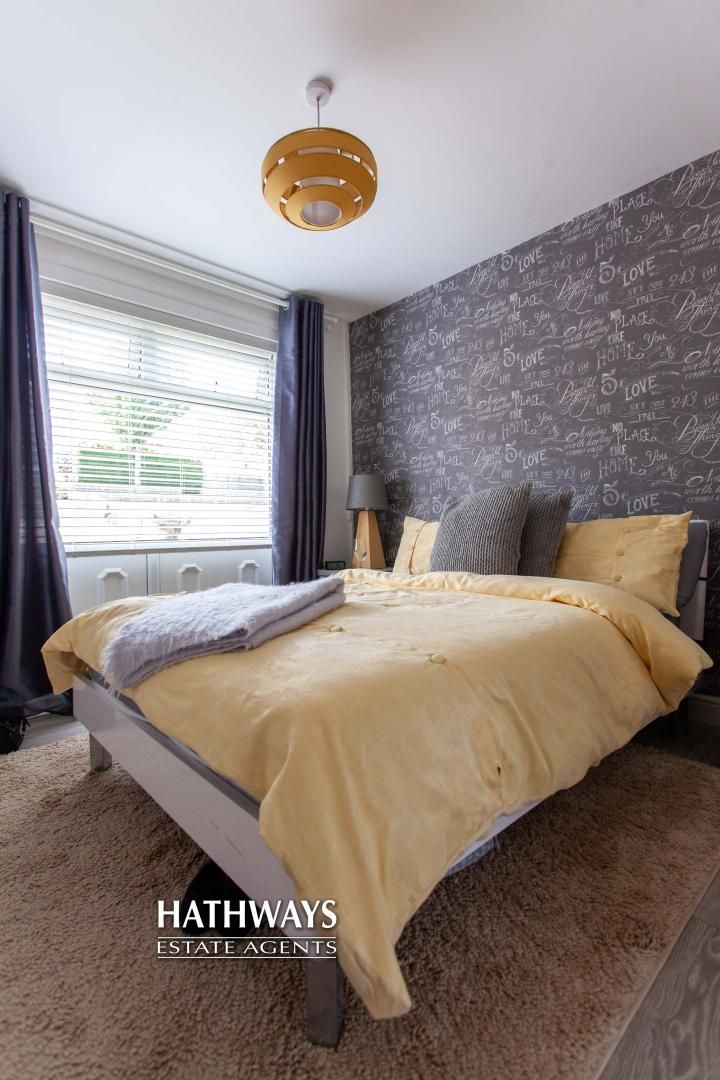 4 bed house for sale in Highfield Road 13