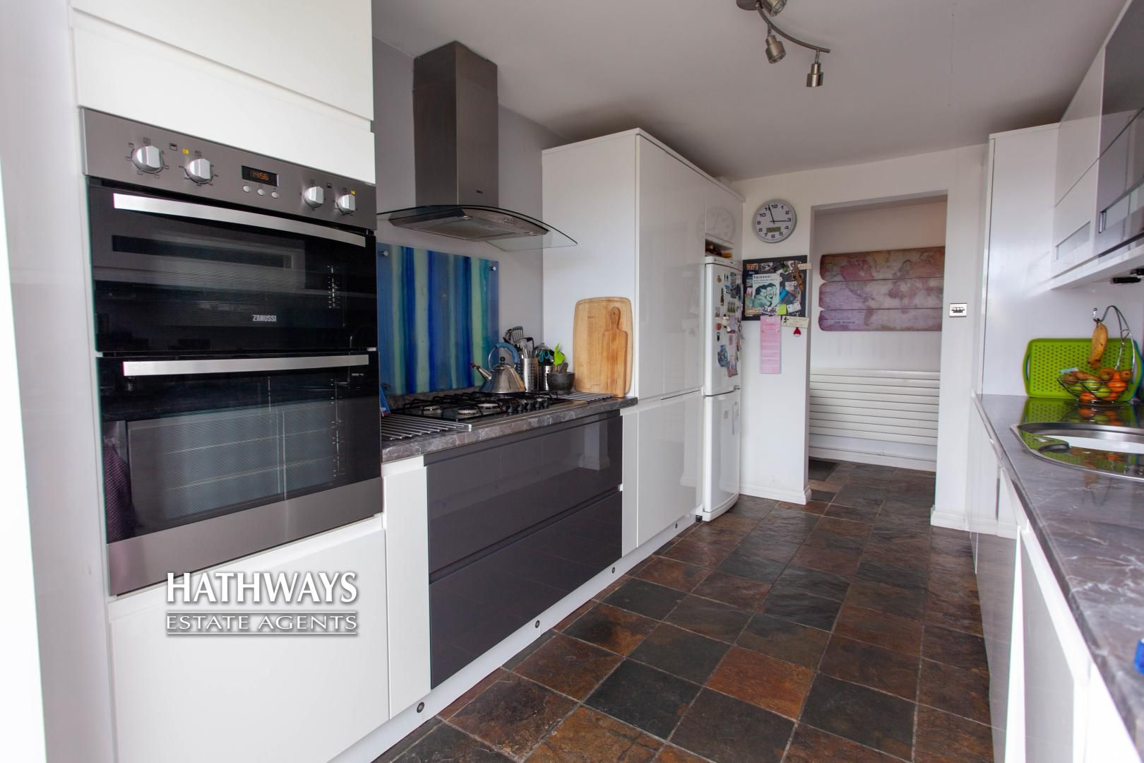 4 bed house for sale in Highfield Road 21