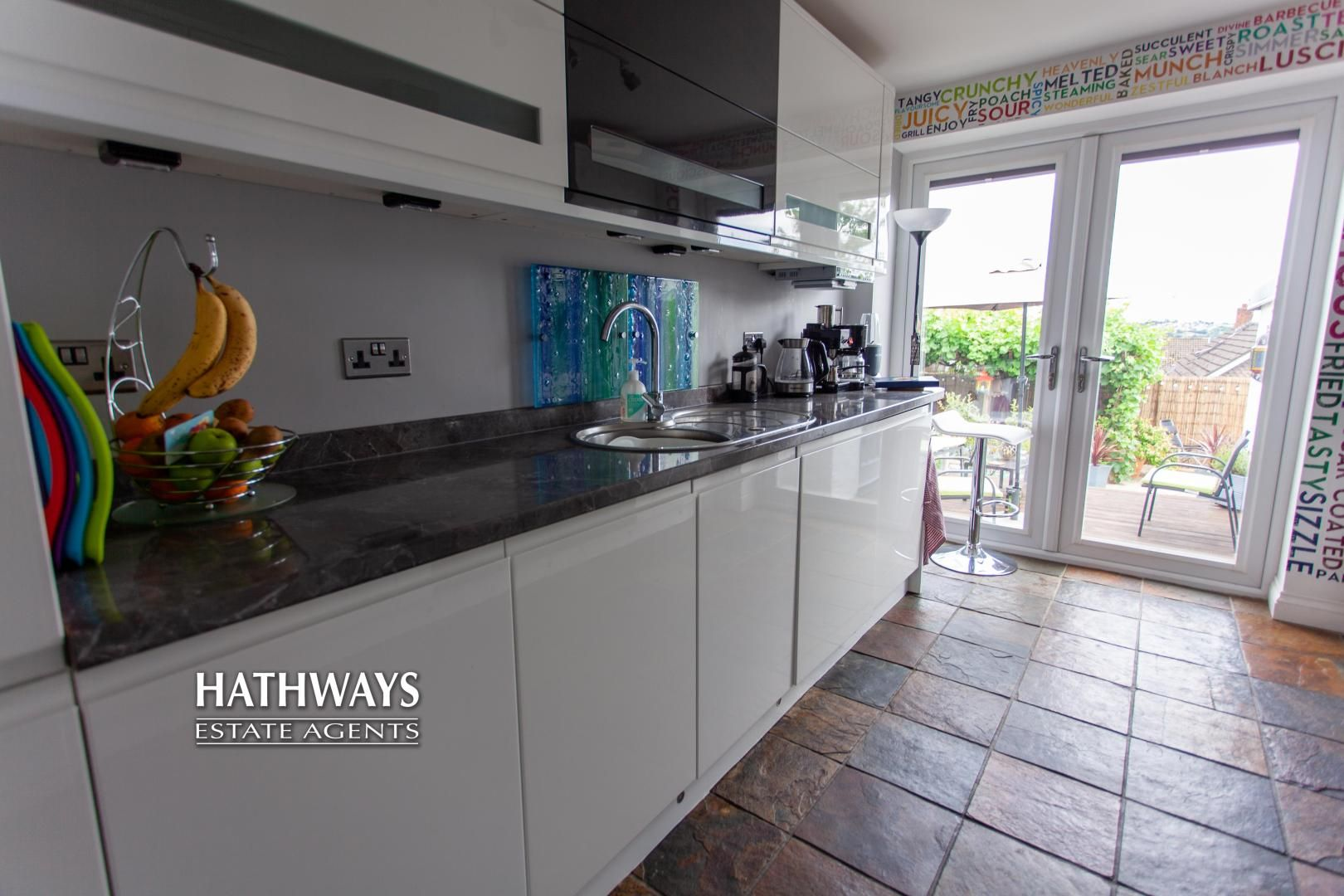 4 bed house for sale in Highfield Road 25