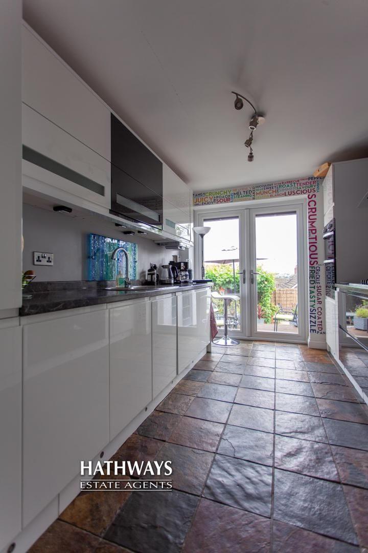 4 bed house for sale in Highfield Road 29