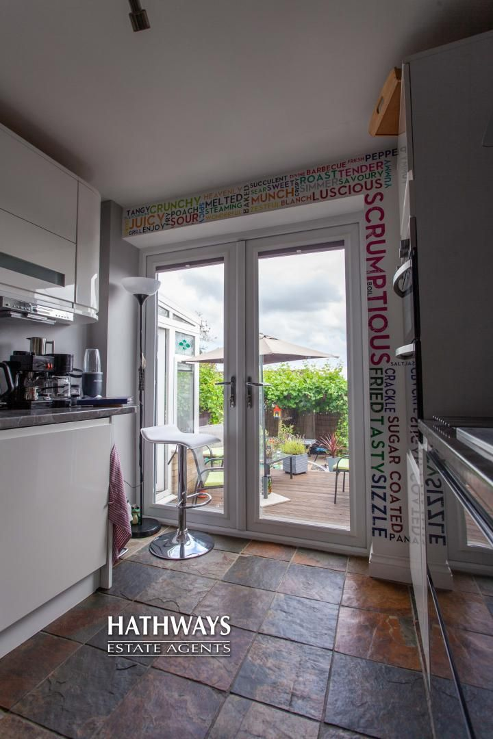 4 bed house for sale in Highfield Road 32