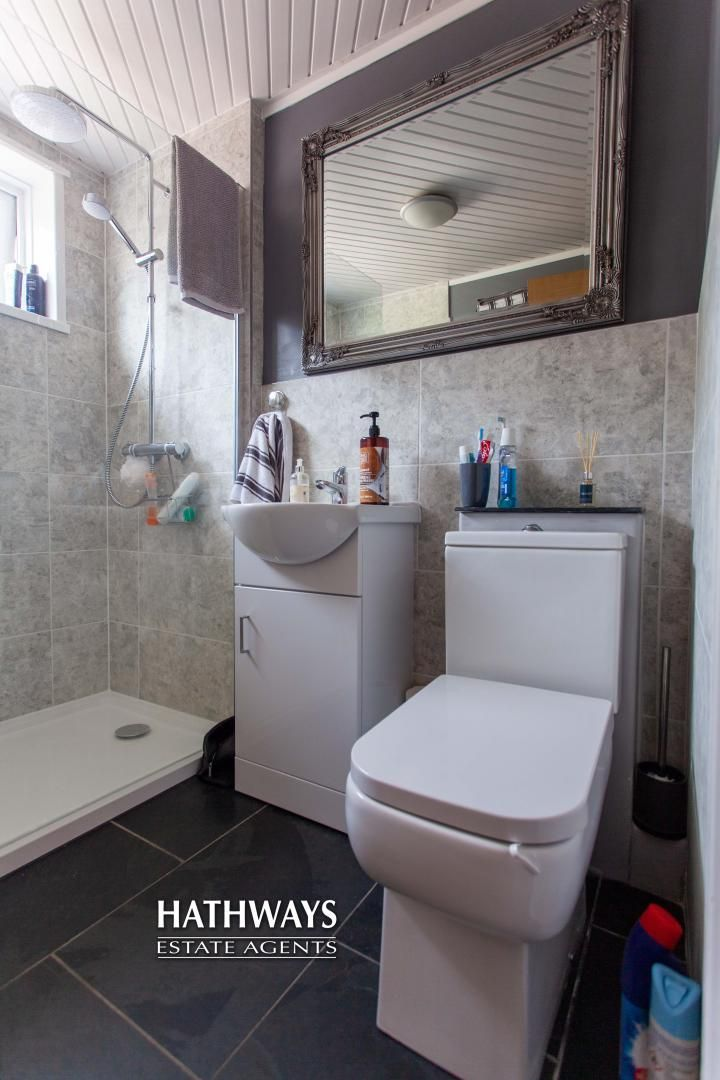 4 bed house for sale in Highfield Road 5
