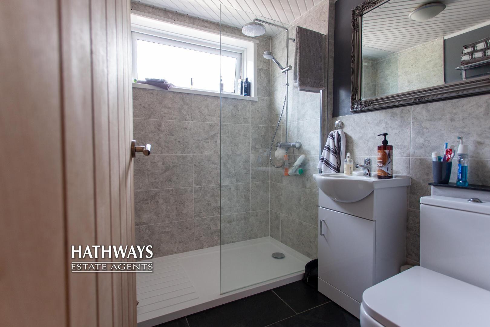 4 bed house for sale in Highfield Road 7