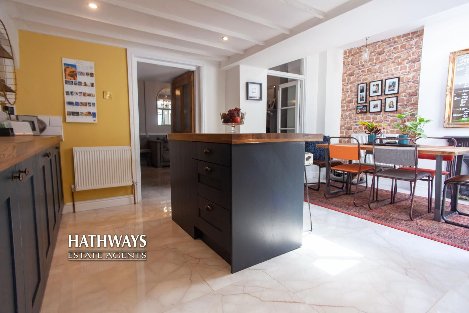 4 bed house for sale in High Street 24