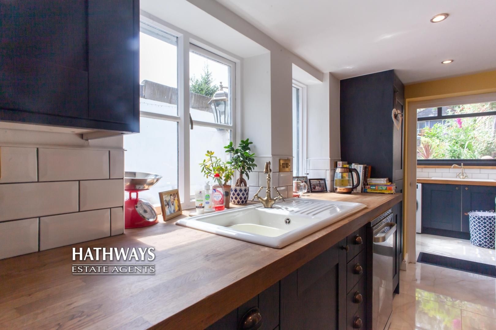 4 bed house for sale in High Street 25