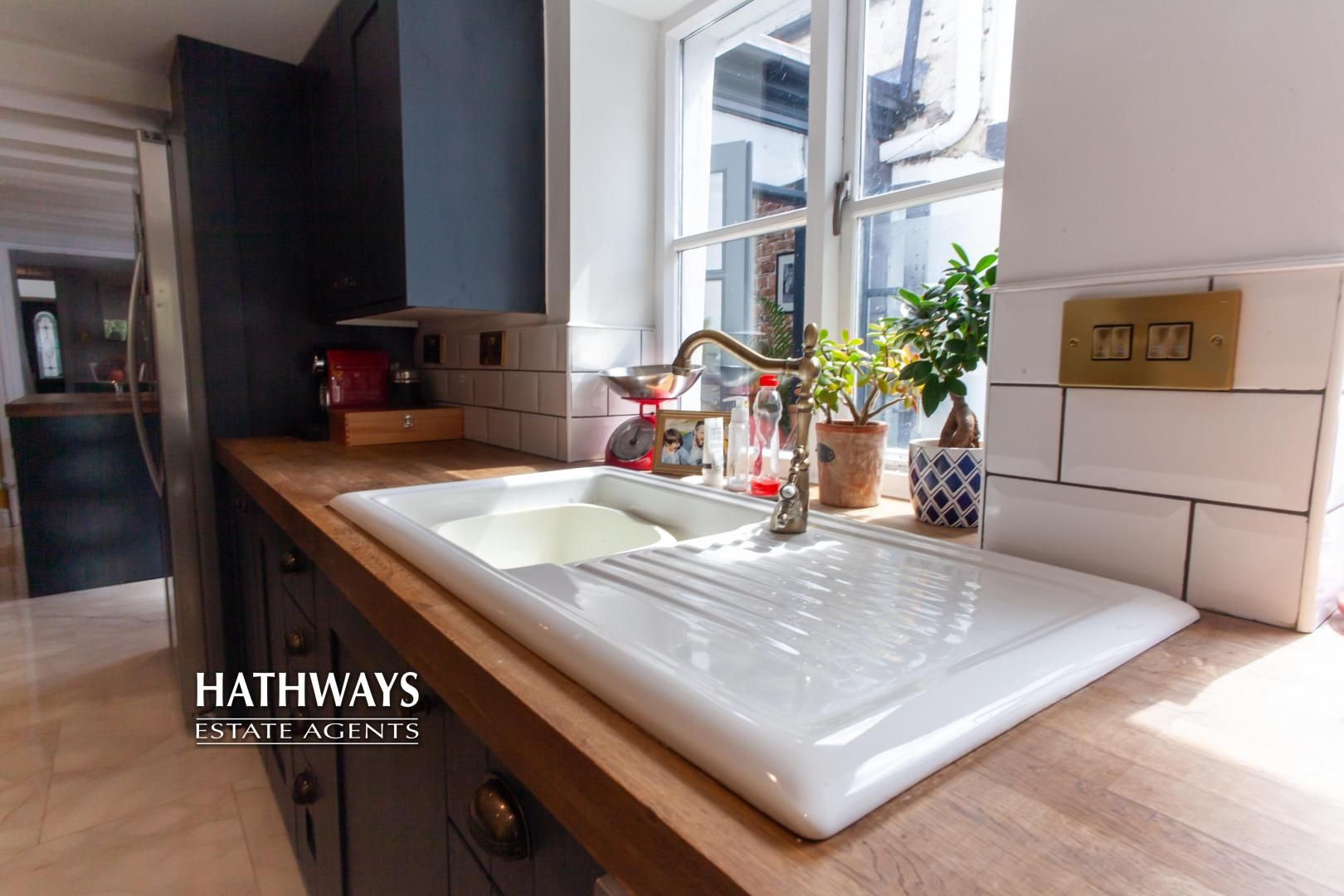 4 bed house for sale in High Street 27