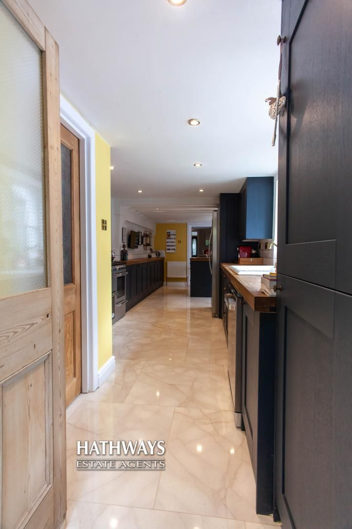 4 bed house for sale in High Street 30