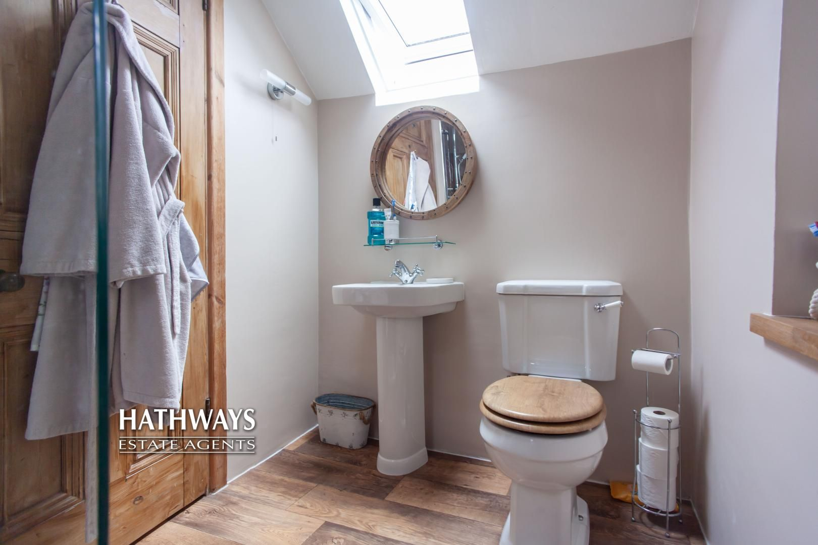 4 bed house for sale in High Street 43
