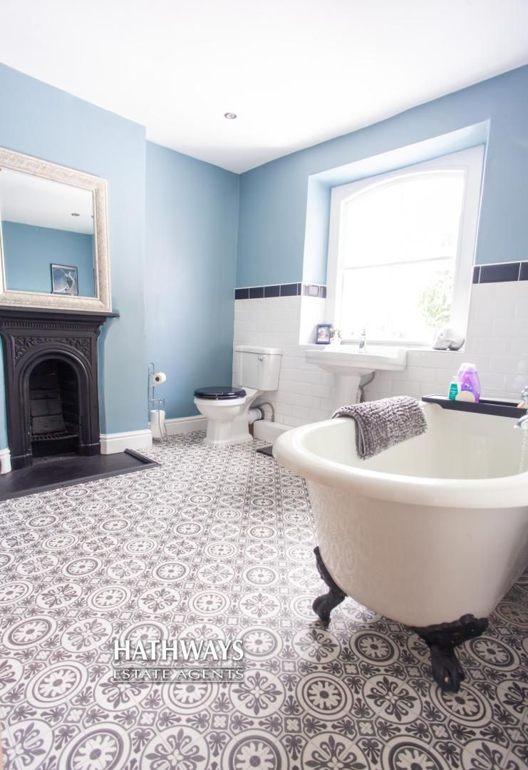 4 bed house for sale in High Street 55