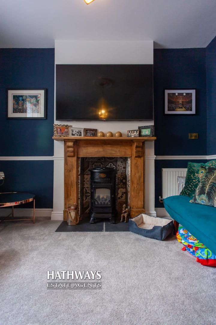 4 bed house for sale in High Street 9