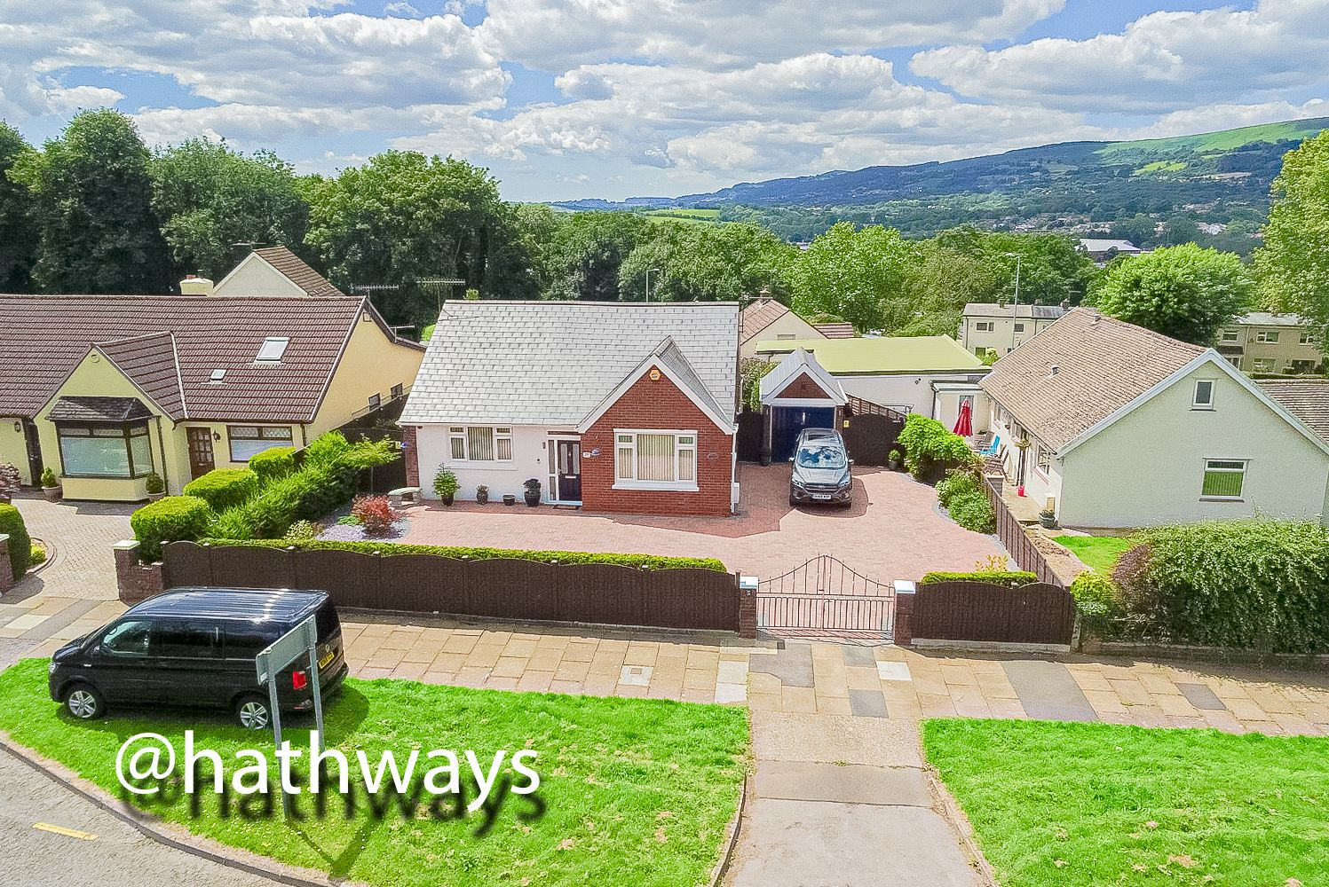 3 bed bungalow for sale in Chapel Lane, NP44