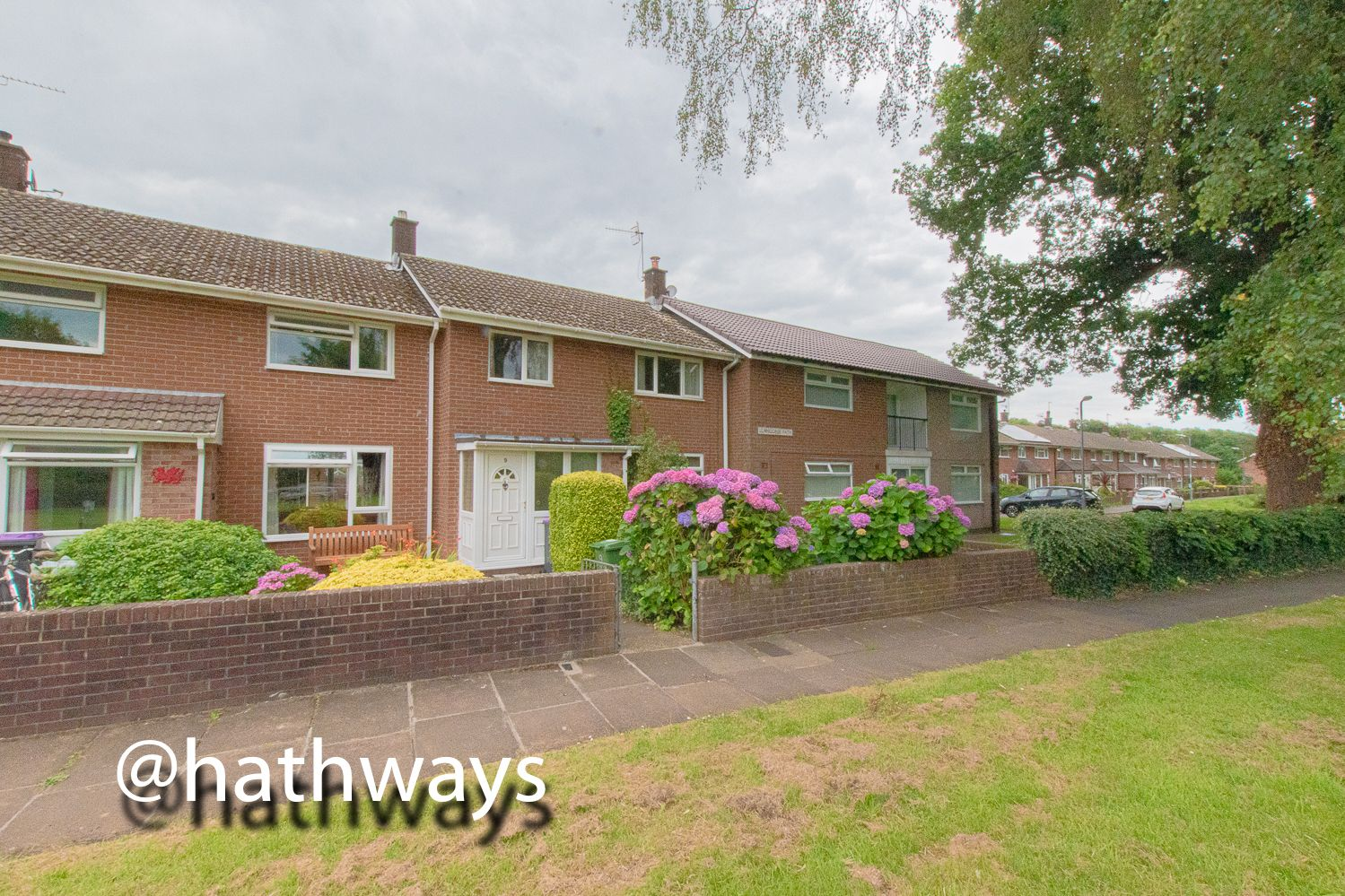 3 bed house for sale in Llangorse Path, NP44