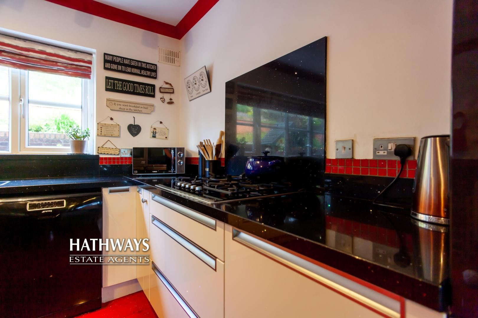 5 bed house for sale in Parkwood Close 25