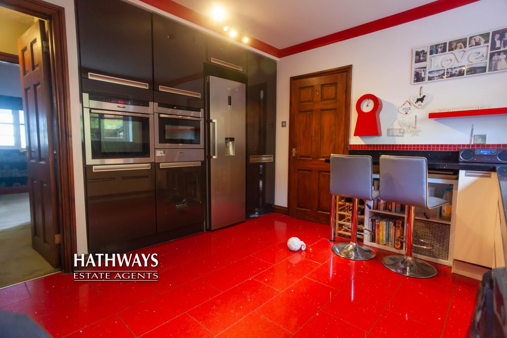 5 bed house for sale in Parkwood Close  - Property Image 26