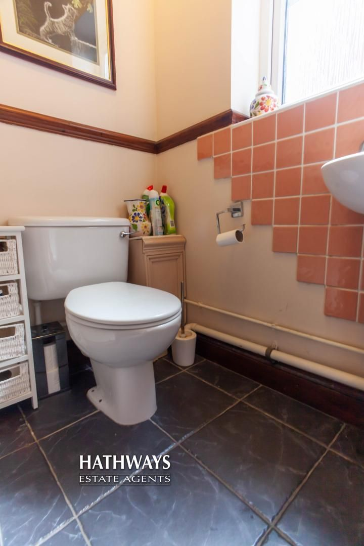 5 bed house for sale in Parkwood Close 48