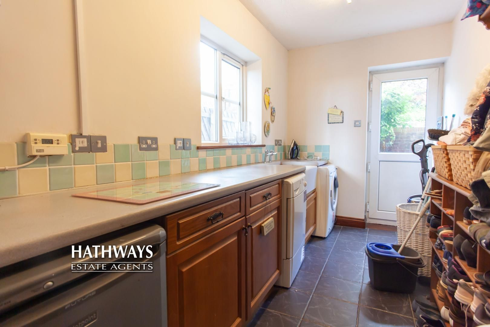 5 bed house for sale in Parkwood Close  - Property Image 49