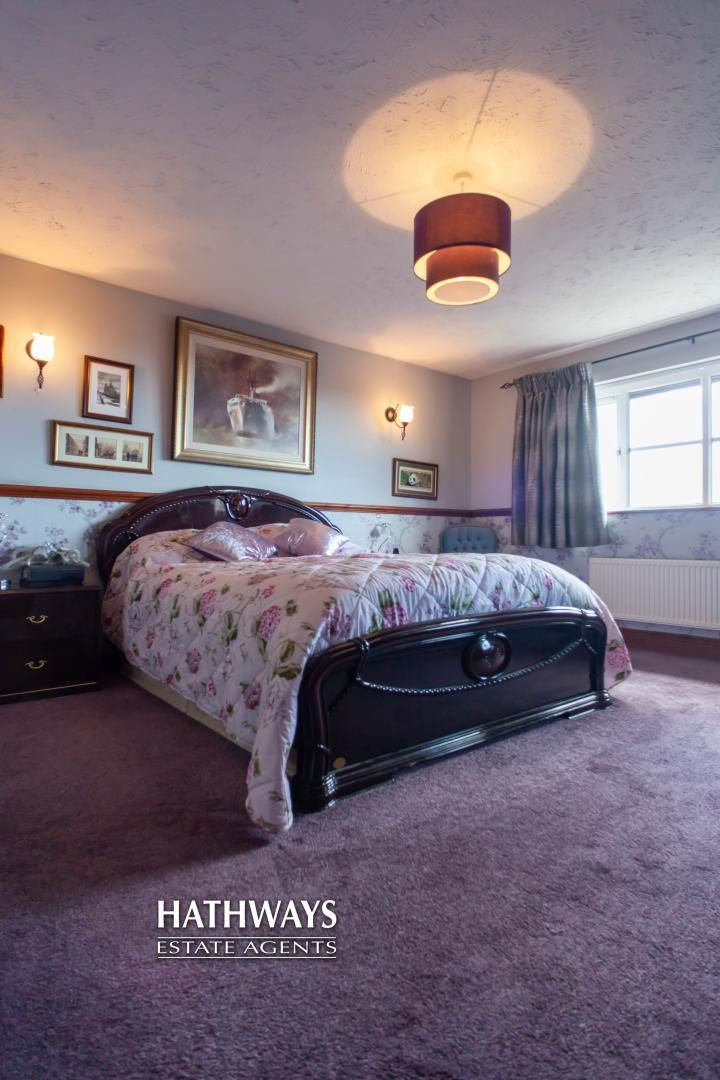5 bed house for sale in Parkwood Close 55