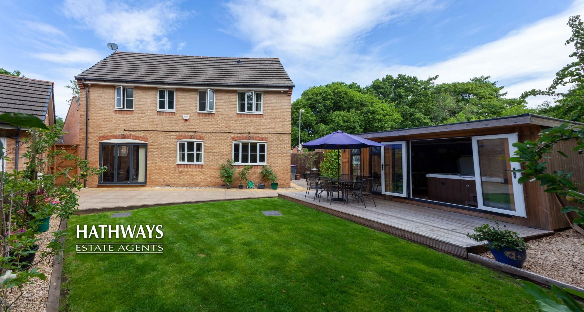 4 bed house for sale in Mill House Court - Property Image 1