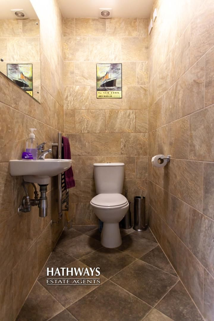 4 bed house for sale in Mill House Court  - Property Image 13