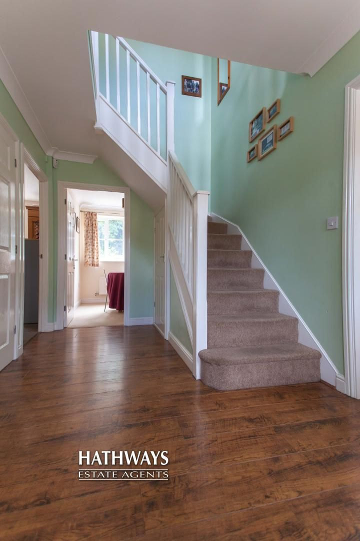 4 bed house for sale in Mill House Court  - Property Image 4