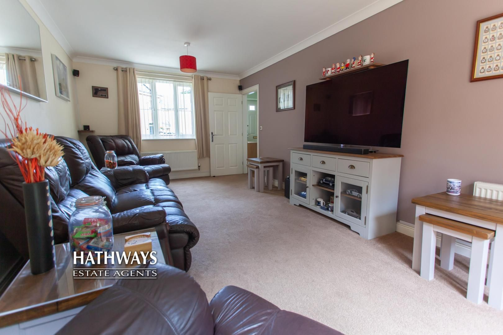 4 bed house for sale in Mill House Court 7