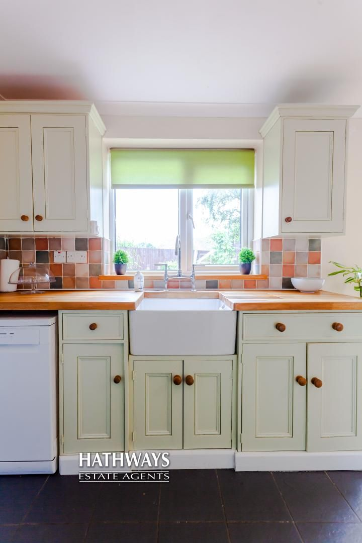 4 bed house for sale in Birchgrove Close 12