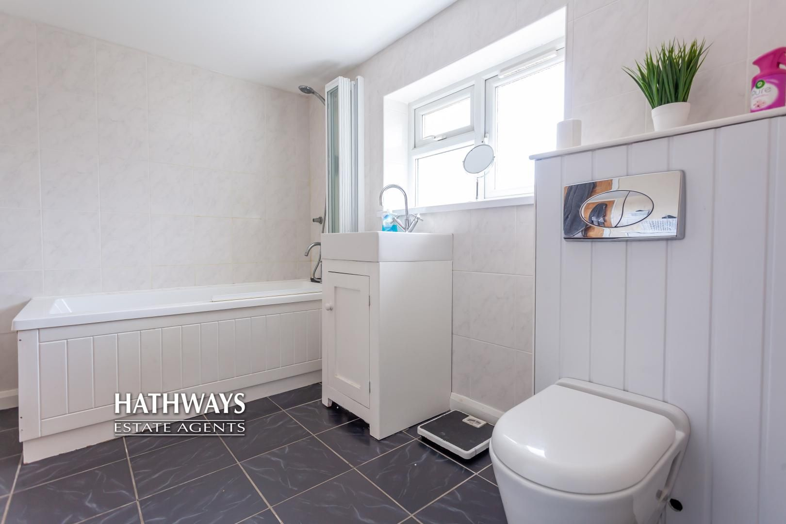 4 bed house for sale in Birchgrove Close  - Property Image 24