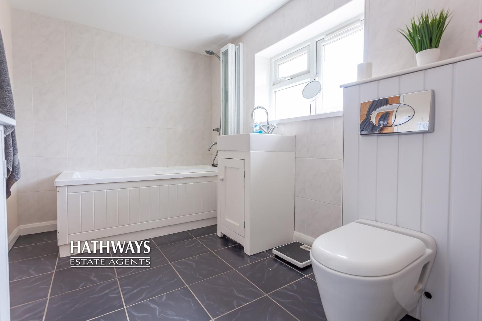4 bed house for sale in Birchgrove Close  - Property Image 31