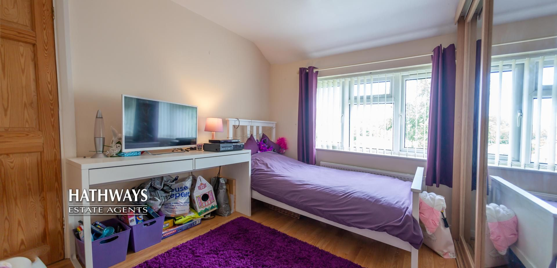 4 bed house for sale in Birchgrove Close 38