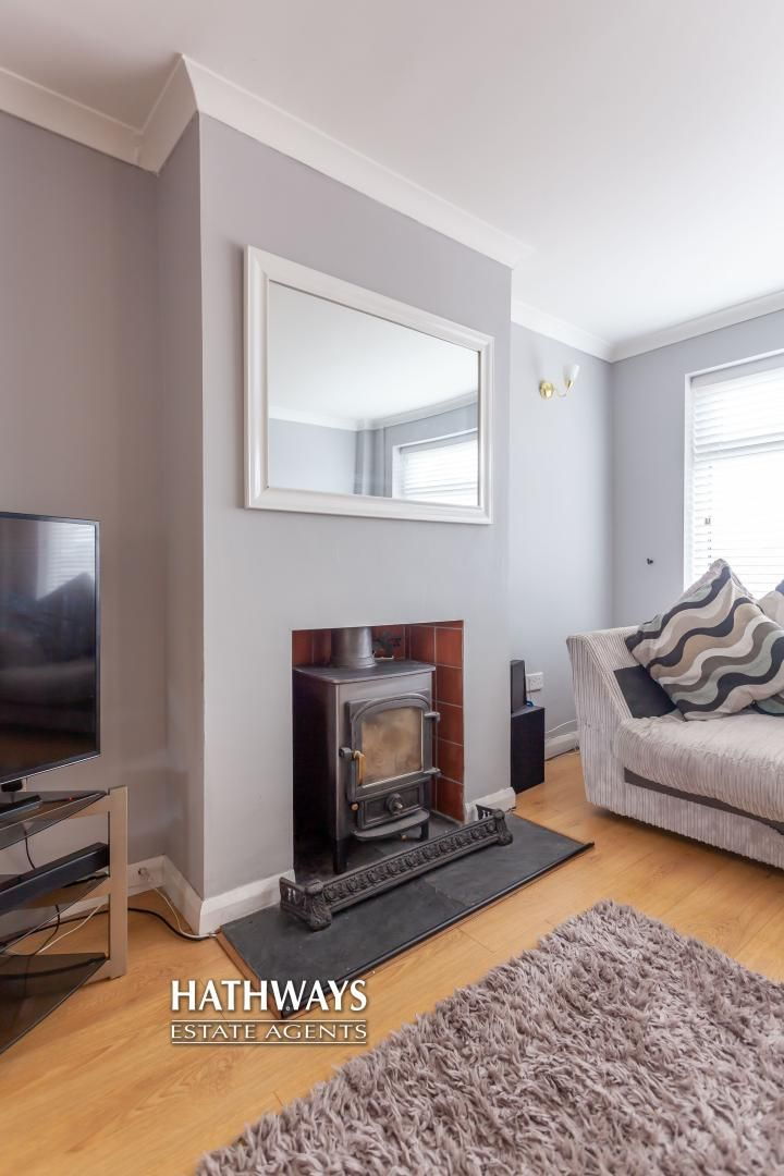 4 bed house for sale in Birchgrove Close 9