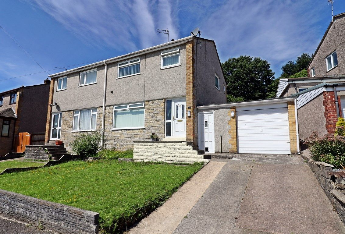 3 bed house for sale in Marlborough Close, CF38