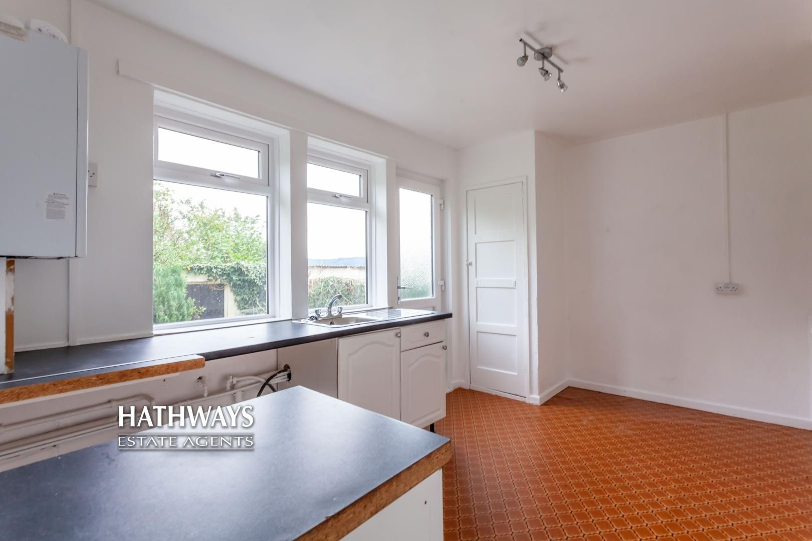 2 bed flat for sale in Bellin Close 11