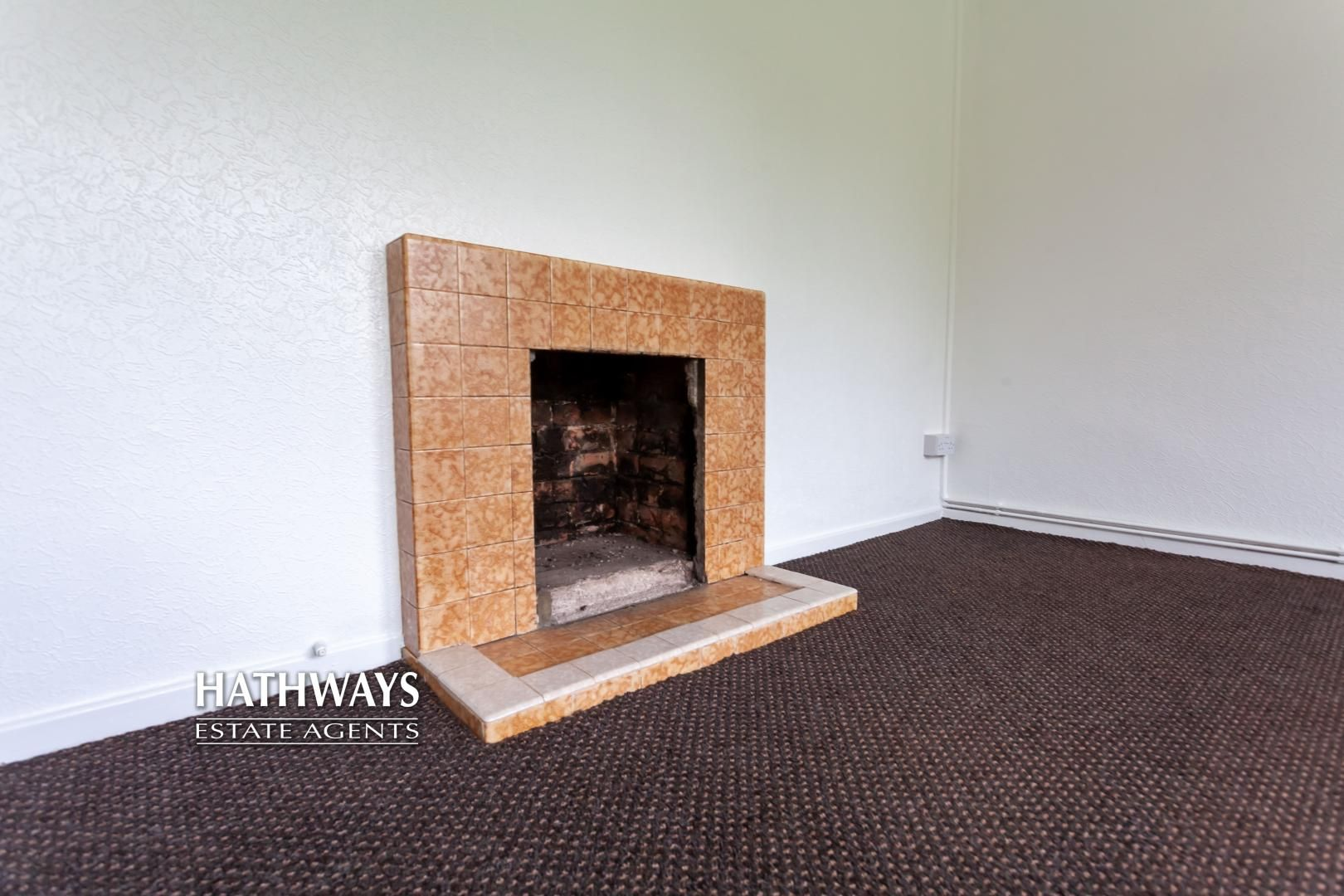 2 bed flat for sale in Bellin Close 9