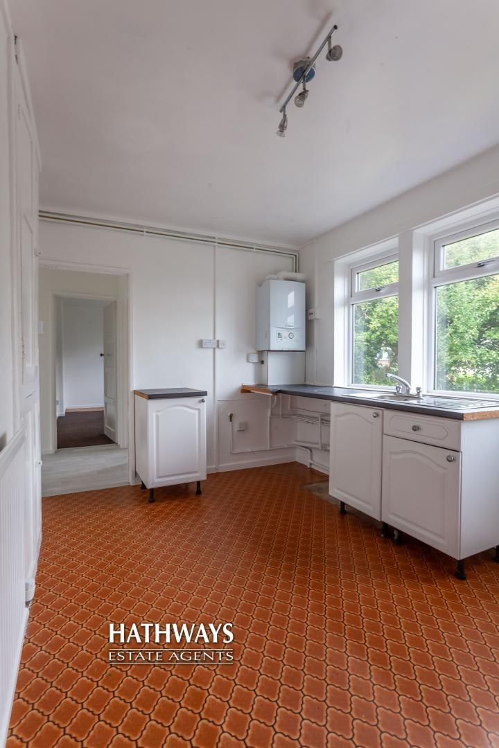 2 bed flat for sale in Bellin Close 10