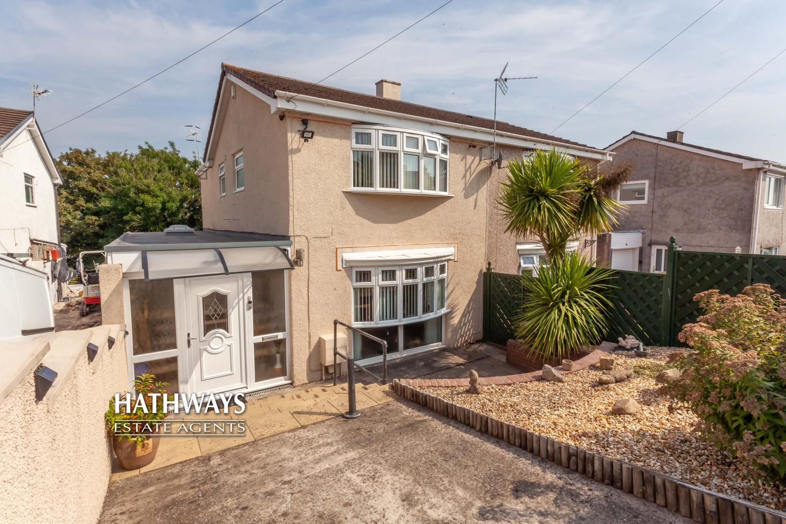 3 bed house for sale in Parklawn Close, NP44