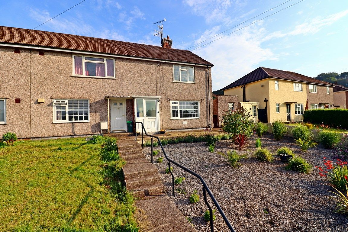 2 bed flat for sale in Heol Illtyd 1